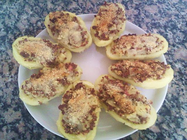 Patatas rellenas con Carne y Bacon