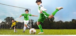 Cara Menendang Bola