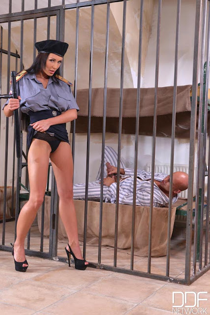 Patty Michova - Fucking Through the Bars (DDF Busty)