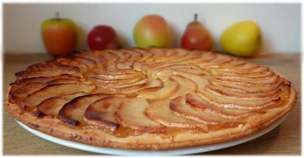 Entre mets et vous la tarte fine pomme poire - Tarte aux pommes fine ...