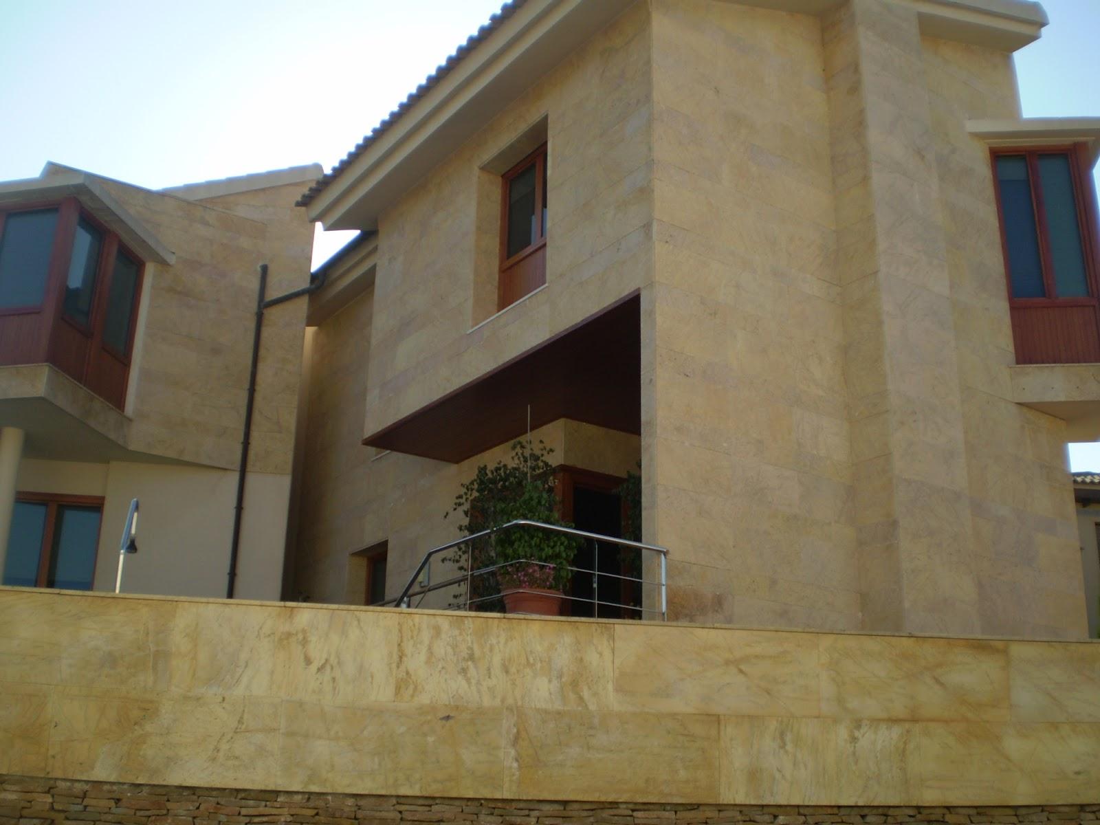 Piedra para todos opciones del travertino en fachada for Travertino roca