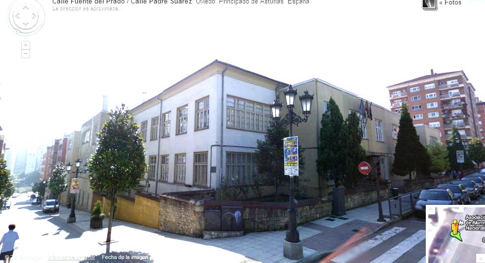 Escuelas blancas san lazaro oviedo arquitectura de for Piscinas san lazaro oviedo