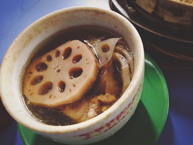 Lotus Root Soup at Lian He Ben Ji Claypot