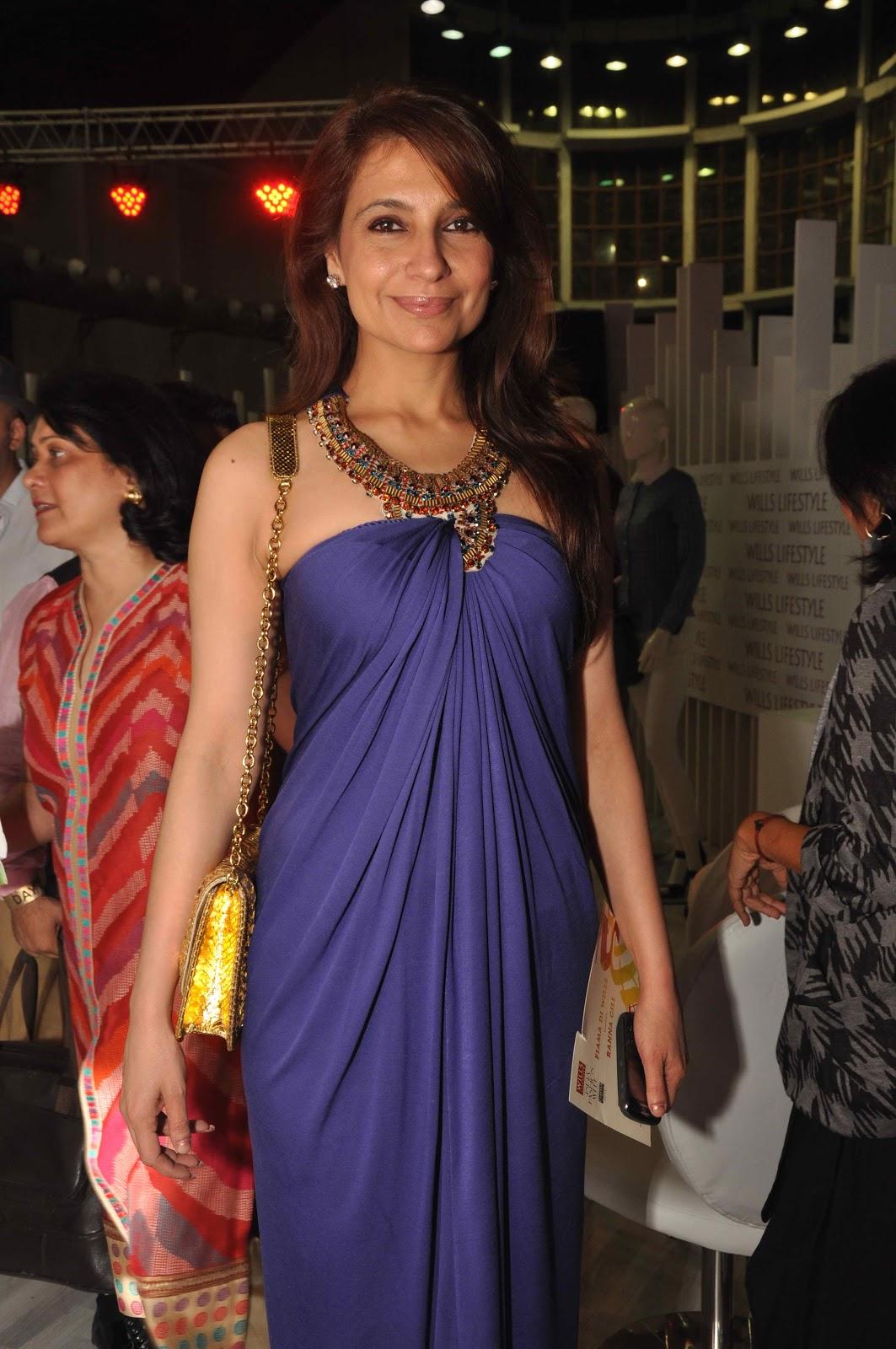 Displaying 19> Images For - Priya Gill Husband...