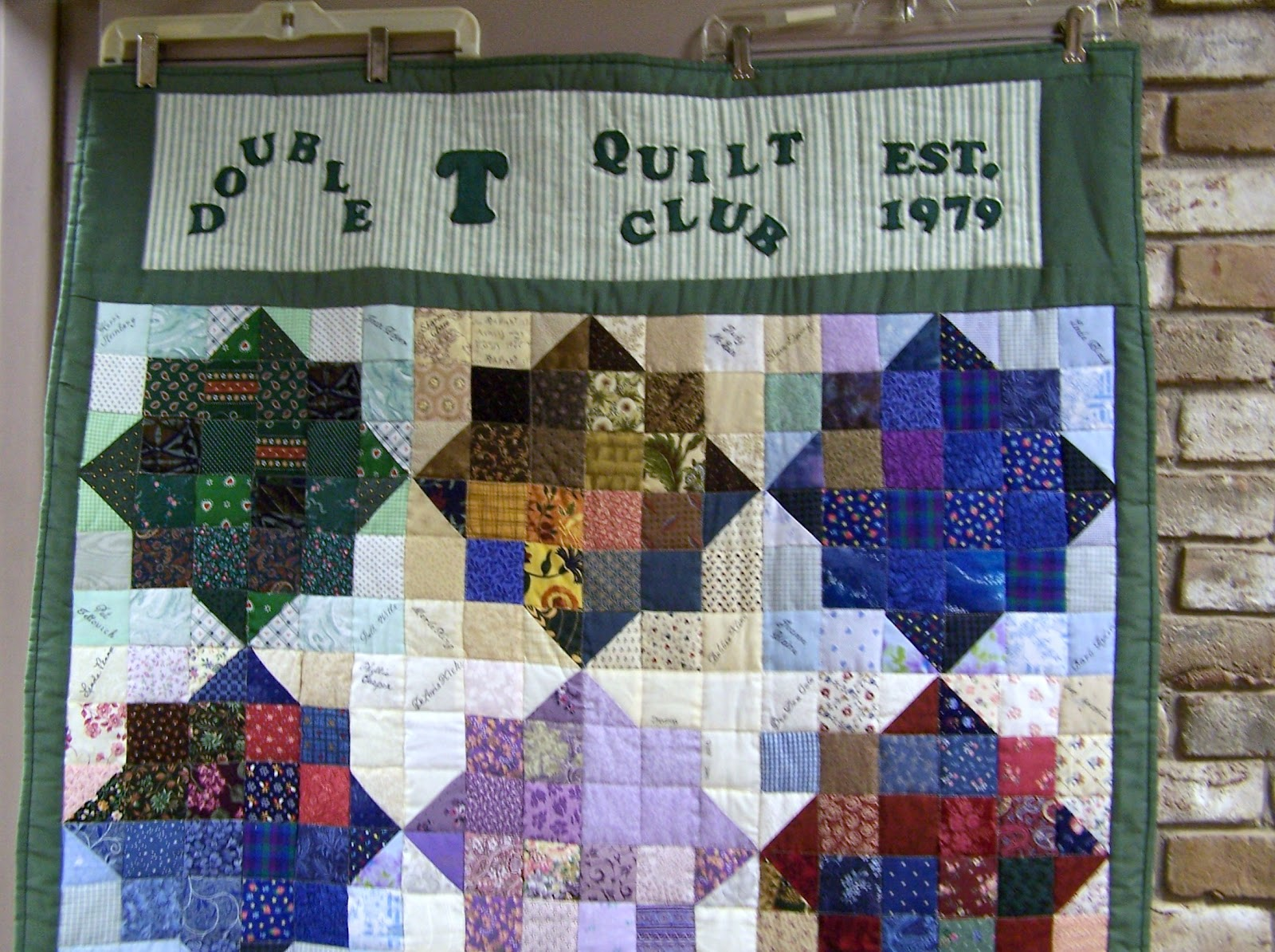 Glady's Gab on Quilts and Quotes: Double T Quilt Club : quilt club - Adamdwight.com