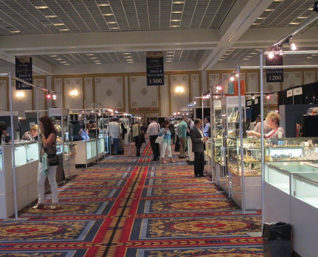 Jewelry news network from a diamond covered gun to royal for Body jewelry las vegas
