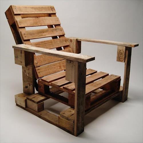 desain kursi dari kayu palet bekas