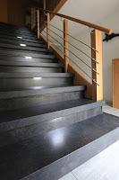 Treppenbeleuchtung - mittig in jeder 2. Stufe
