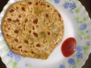 Cauliflower Paratha / Gobi Paratha