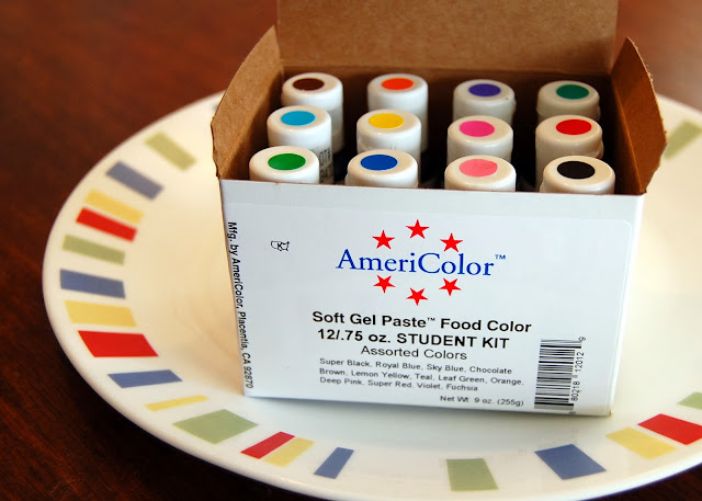 Because I'm Me ... Awesome food coloring find!
