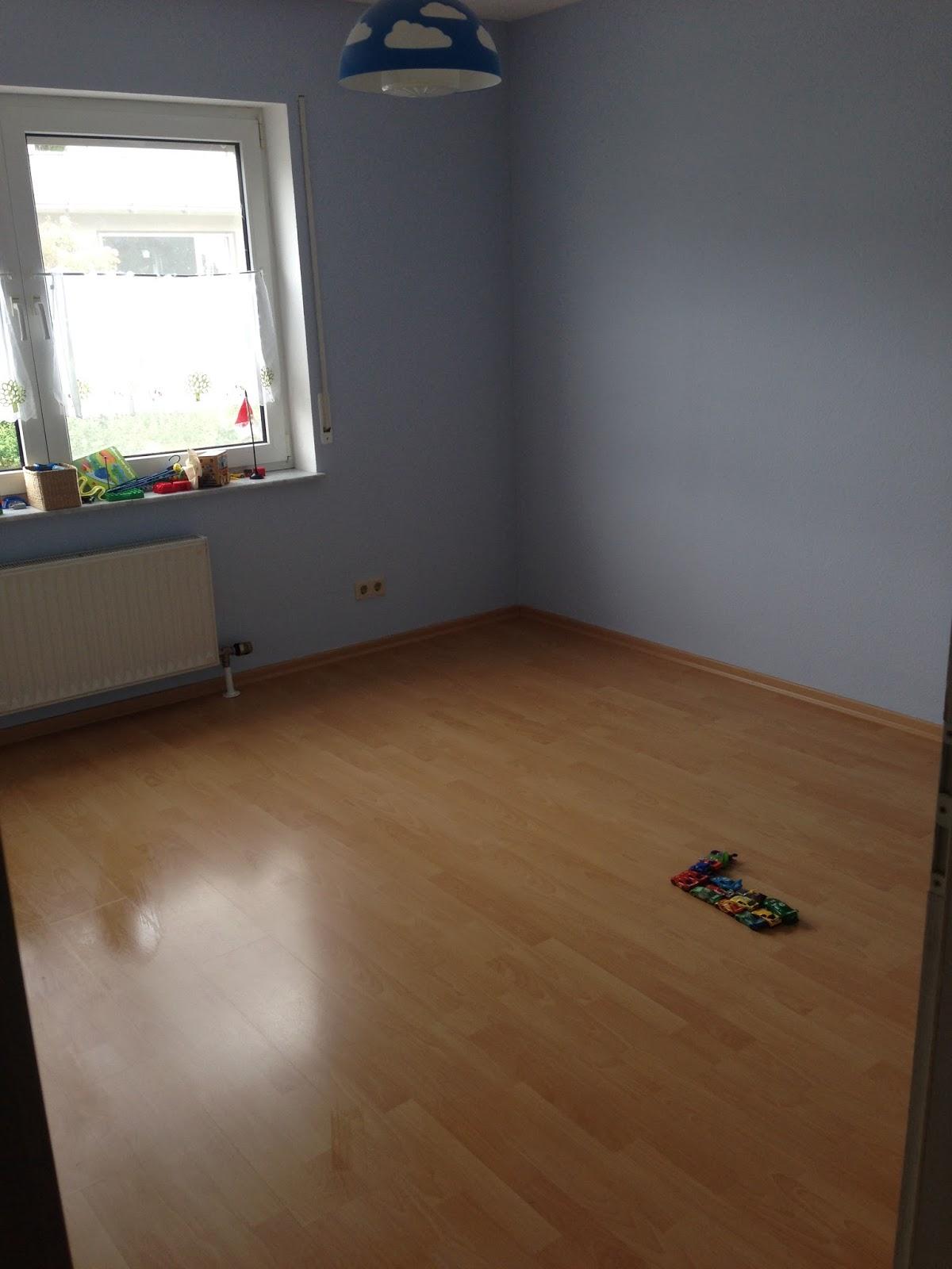 ein neues kinderzimmer für den mini chef: wandfarbe, wanddeko und ... - Wandfarbe Grau Kinderzimmer