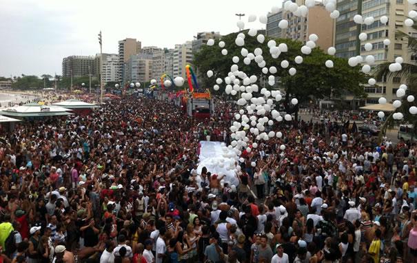 Em 2011, Parada do Orgulho LGBT do Rio reúne 1 milhão de pessoas (Foto: Renata Soares)