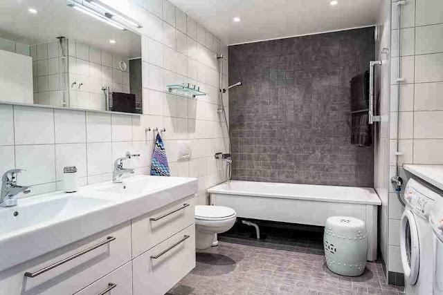 Prosta, skandynawska łazienka