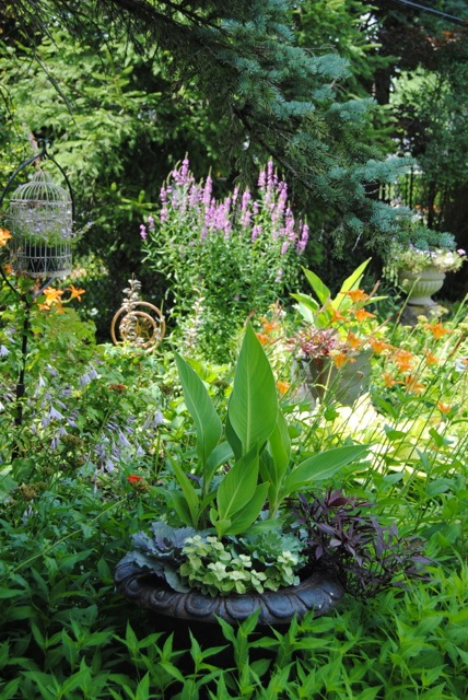 Snyder Clevehill Garden View