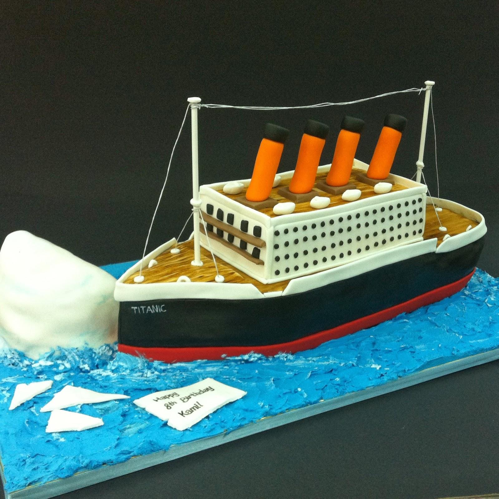 TeaRoom By Bel Jee Titanic Ship Cake