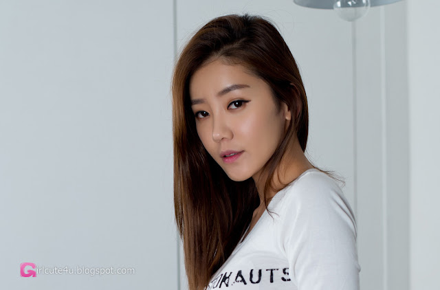 1 Simple Yoo Ha Na - very cute asian girl - girlcute4u.blogspot.com