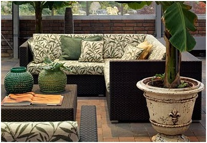 Furniture for terraces and gardens