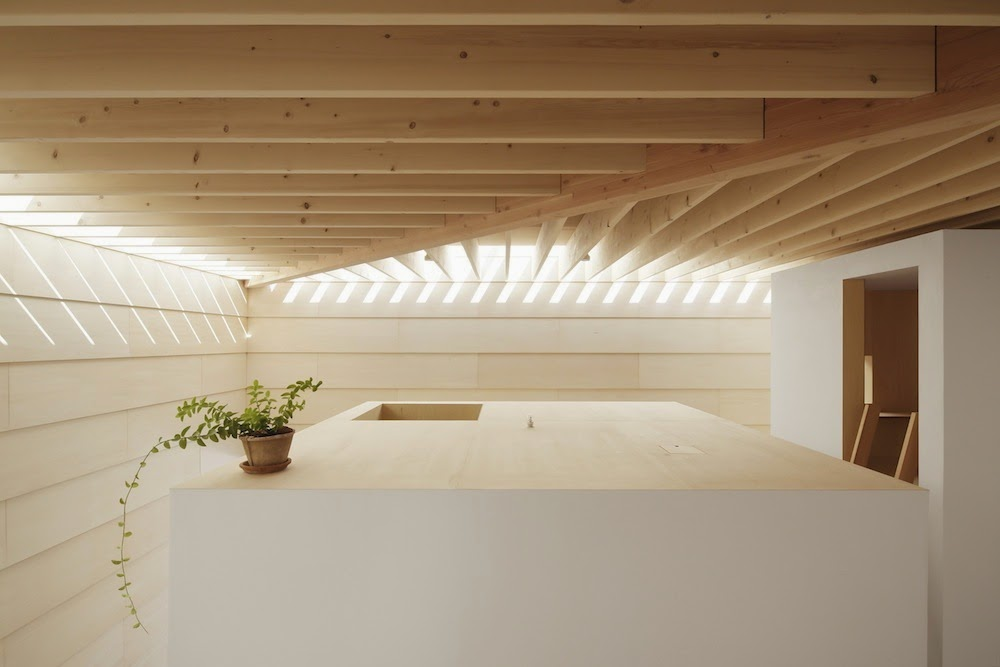 Planos low cost casa con luz cenital house with for Pastel house interior