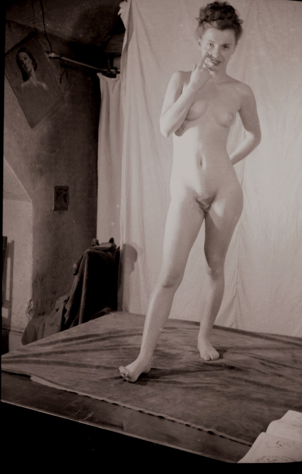 Consider, Nude figure drawing models topic, interesting