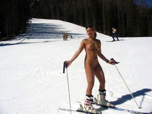 women skiing naked