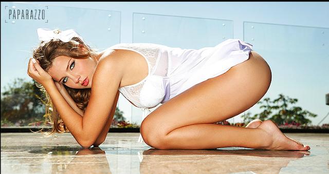 Debby Lagranha : Sexy Wallpaper Actress