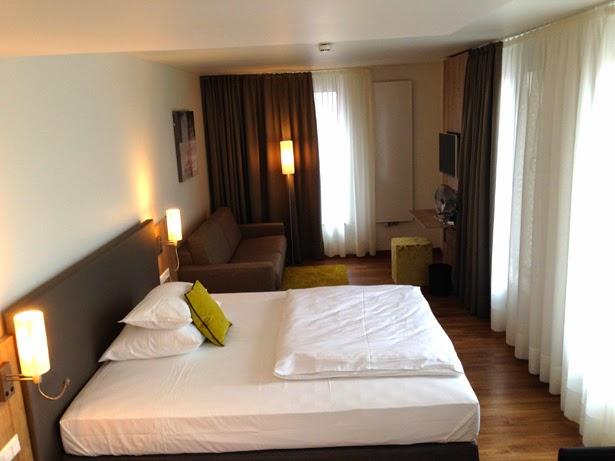 Unterkunft Ulm, Hotelzimmer mit kostenfreiem WLan und klimatisiert