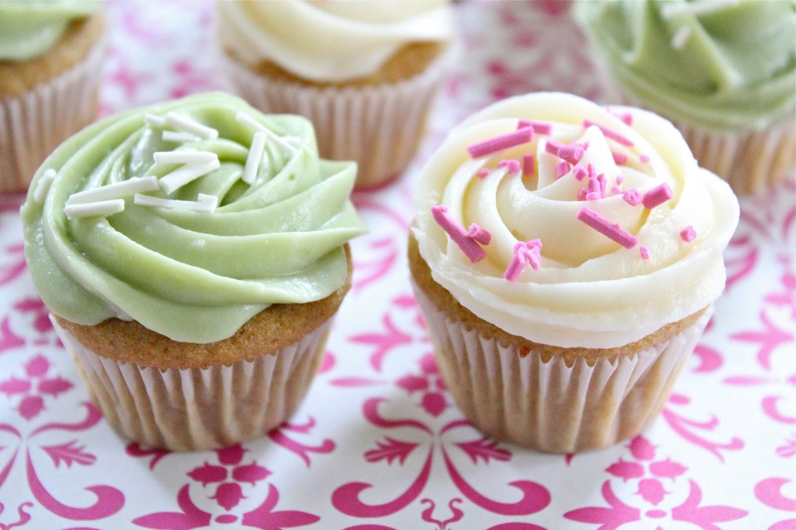 healthier mini vanilla cupcakes | Eat Good 4 Life