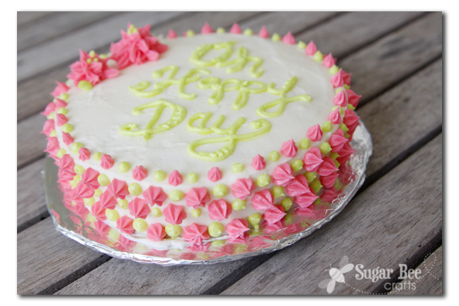 The Secret to Cake Lettering Spacing - Sugar Bee Crafts