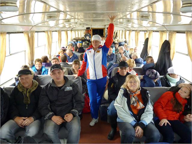Река Норильская, теплоход Заря–220