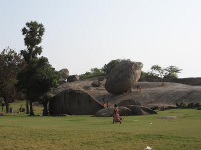 Krishna's Butter Ball, Mahabalipuram
