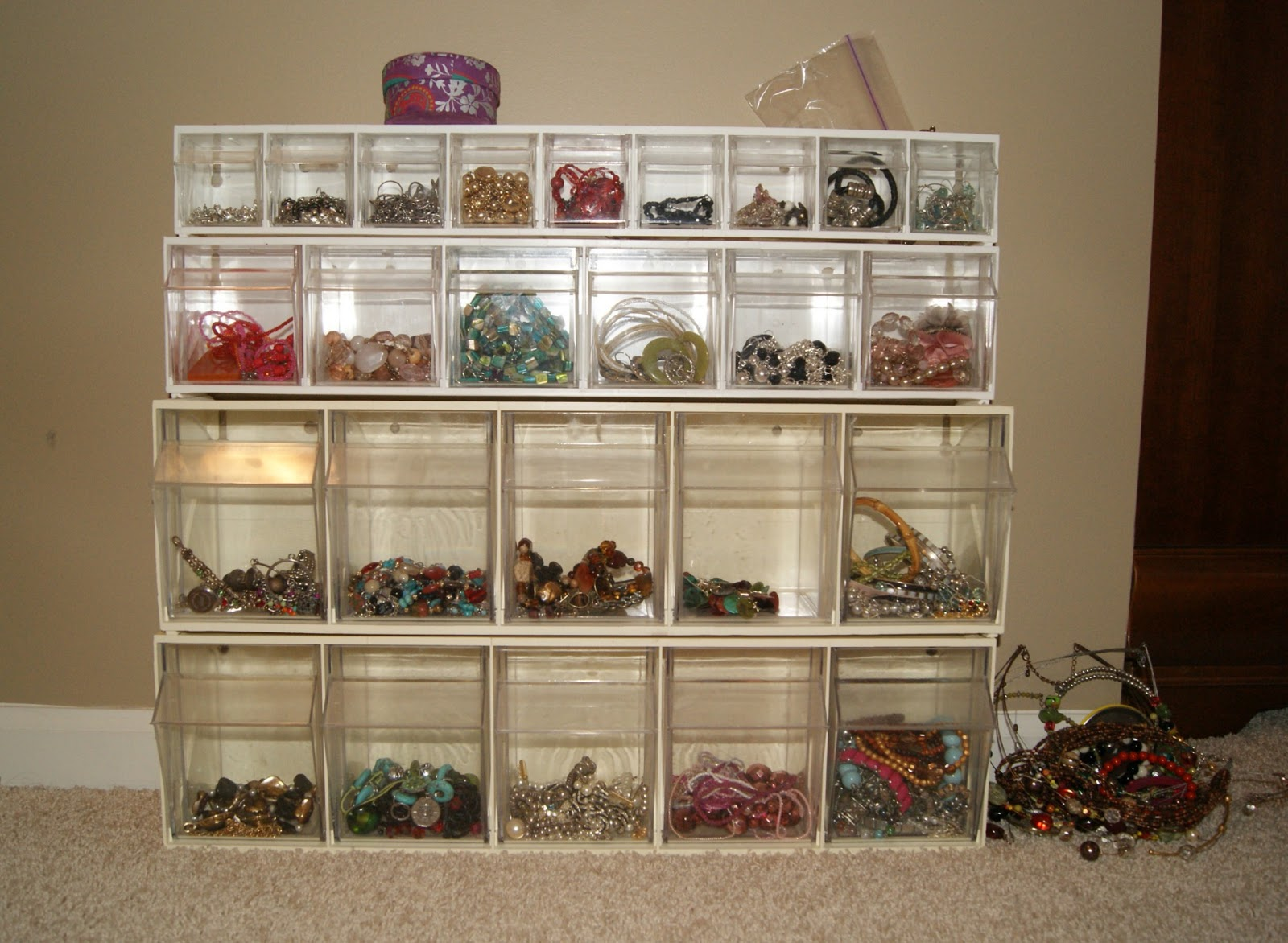 Posh pink giraffe how i organize my jewelry - Organizing nuts and bolts ...