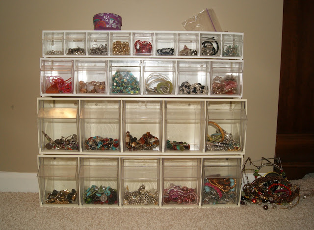 Jewelry Organizer from Posh Pink Giraffe