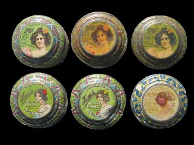 La duchessa un tocco di cipria for Disegnatori famosi