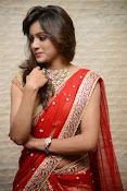 vithika sheru half saree photos-thumbnail-13