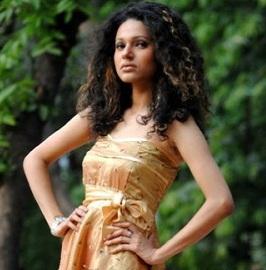 model emi Bangla