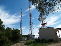 Les antenes de telecomunicacions al cim d'El Remei