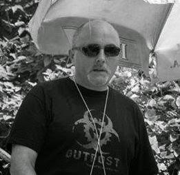 http://radioaktywne-recenzje.blogspot.com/2013/10/wywiad-z-robertem-szmidtem.html
