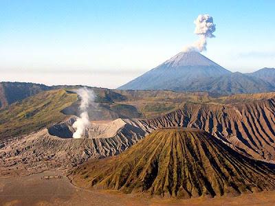 Gambar Pemandangan Gunung Bromo Tengger Semeru