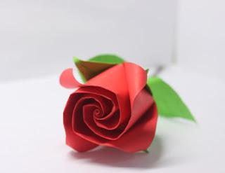 Cara Membuat Bunga Mawar dari Kertas Krep