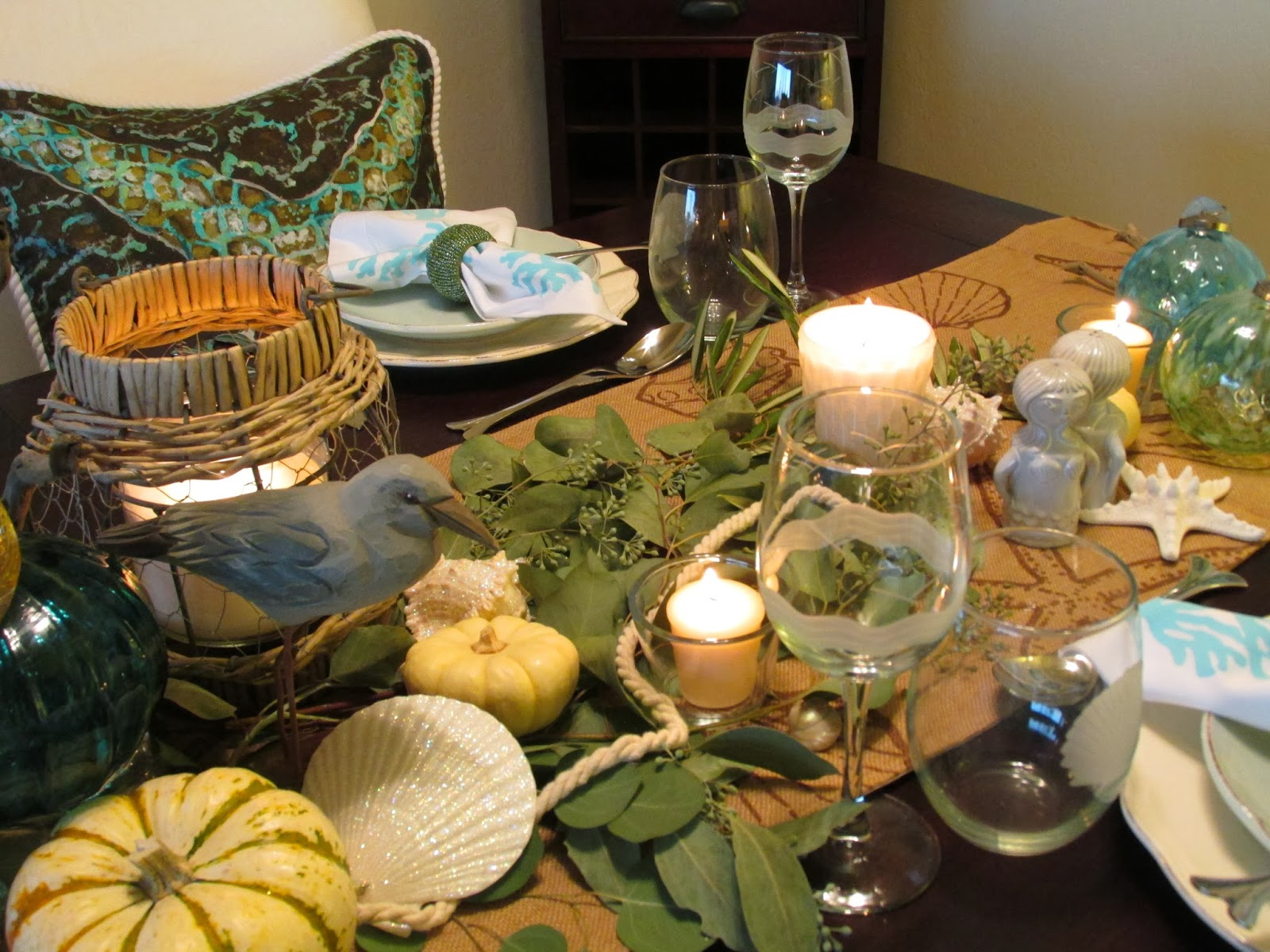 Everything Coastal....: Caron's Fall-Thanksgiving Dining Room