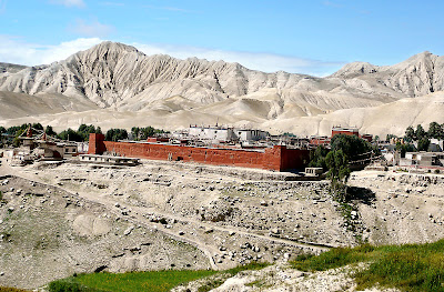 (Nepal) – Mustang Trekking - Lo Manthang - capital of the kingdom mustang