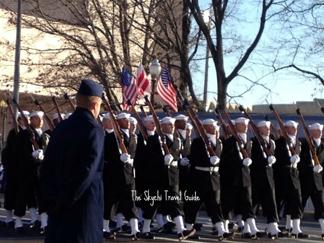 "<img src=""image.gif"" alt=""This is Navy Marching 57th Presidential Parade"" />"