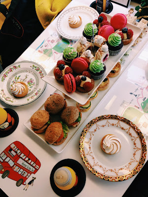 BB Bakery London bus afternoon tea
