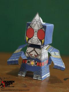 Kamen+Rider+Blade+Papercraft+2.jpg