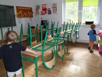 szkoła, pierwsza klasa, sześciolatek w szkole, edukacja XXI wieku