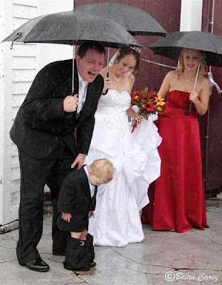 funny wedding photos: the boy shorts been release