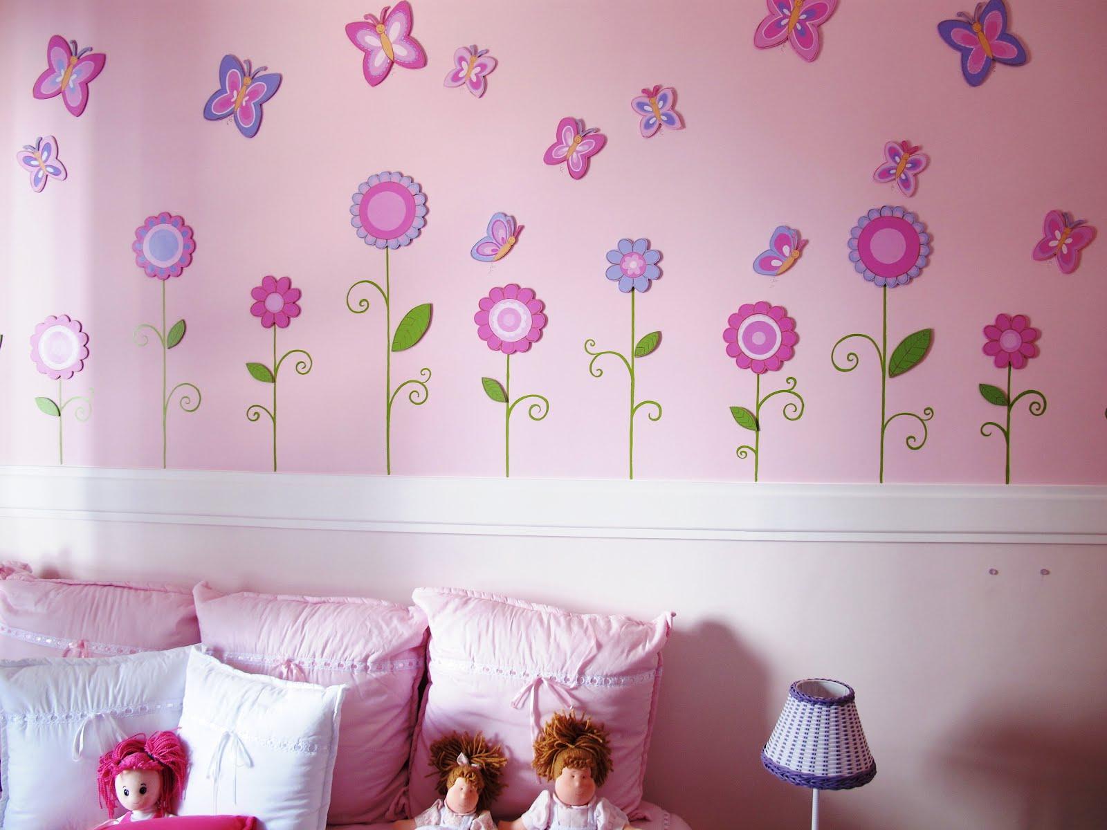 Lecomcré  Decoração de quartos de bebê Quarto de bebê  Flores e borboletas