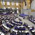 Exkurs: Kleine Anfrage. Umgang der deutschen Auslandsvertretungen mit Ausreiseverboten in den Vereinigten Arabischen Emiraten, Katar, Bahrain und Saudi-Arabien