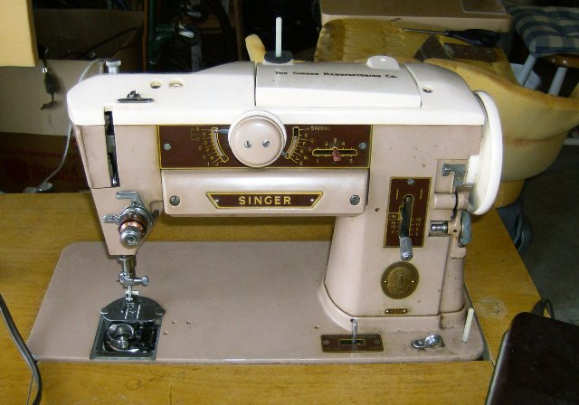 Vintage Sewing Machines Singer 40a Impressive Singer Sewing Machine Cabinet 1960