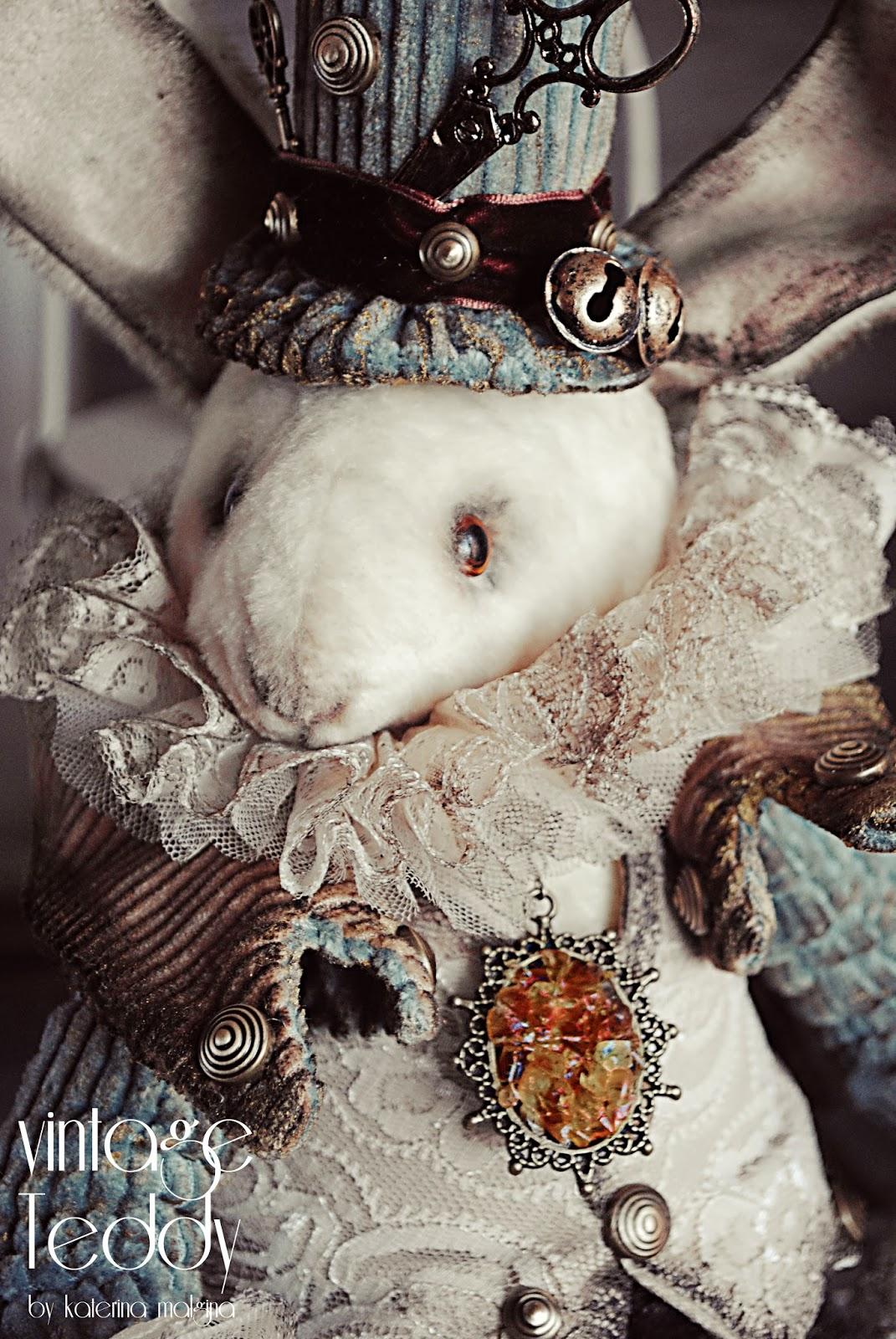 """Волшебный кролик """"Безумный шляпник"""""""